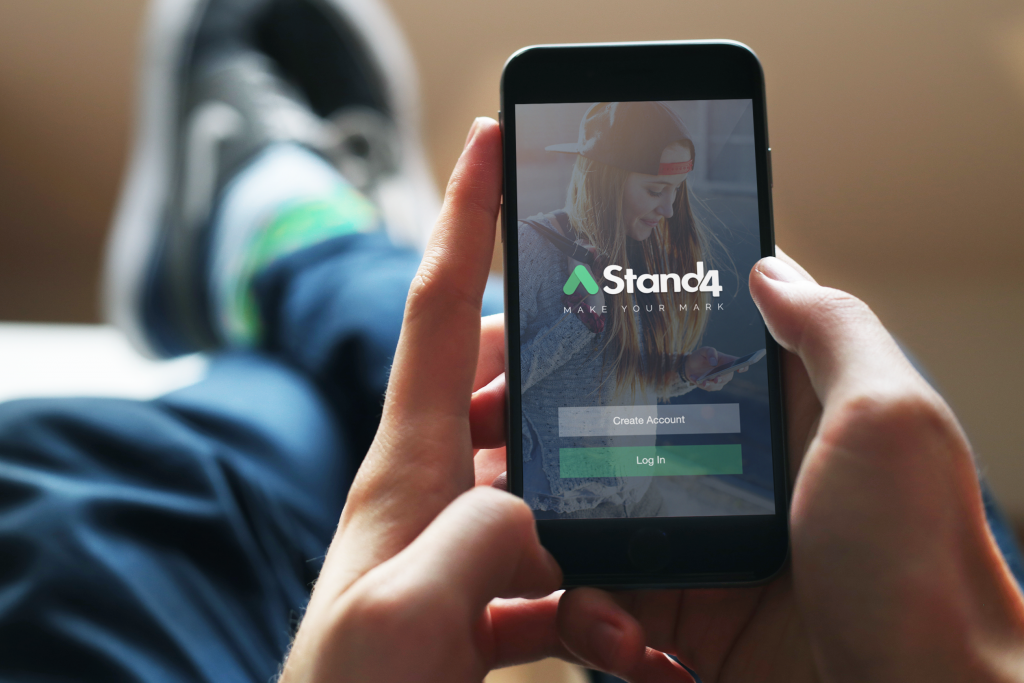 Stand4-App-Shot-1